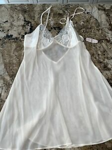 NWT VINTAGE VICTORIA'S SECRET SILK  night gown cream beads lace Size S