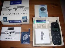 MOTOROLA CD160 NUOVO 1997 GSM STARTAC ORIGINALE MAI ACCESO+SCATOLA E ACCESSORI