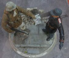 Lowlski 1/16 120mm D.I.Y. Street Scene - Display Stand for Figures