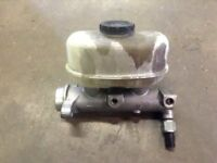 00 01 02 03 04 05 FORD EXCURSION BRAKE MASTER CYLINDER | W/ CRUISE