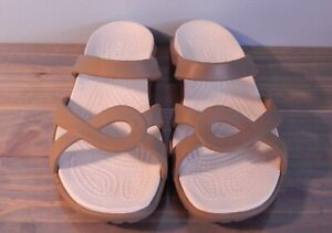 Crocs Sandals Ladies Size 10W WHITE & TAN PRICED TO SELL with NO RESERVE!