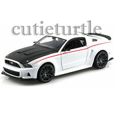 Maisto 2014 Ford Mustang Street Racer 1:24 Diecast Model Car 34506 White