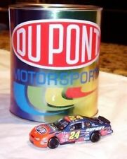 Jeff Gordon #24 Chevy Monte Caro Diecast Car in DuPont Paint Can Action 1:64