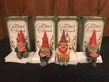 Rien Poortvliet Classic Gnomes. Set of 4 Edge Sitters.