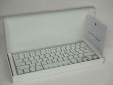 Apple A1314 Wireless Keyboard - Silver (MC184LL/B)