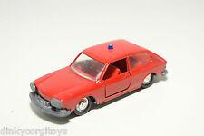 SCHUCO 1:66 812 VW VOLKSWAGEN 411 FEUERWEHR FIRE CAR RED NEAR MINT CONDITION
