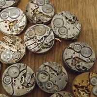 Steampunk-Uhrwerk zerteilt Zahnräder Räder verschiedene Los Industriekunst- R6B9