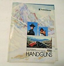 VINTAGE 1986 SMITH & WESSON HANDGUN ADVERTISING PISTOL GUN SHOOTING CATALOG