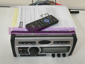 Clarion CMD5 (Pristine) Marine AM-FM CD/Mp3 iPod SatReady Marine Stereo Reciever