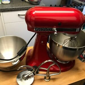 KitchenAid  4.8L Artisan Stand Mixer Candy Apple Red only Used 4 times ,