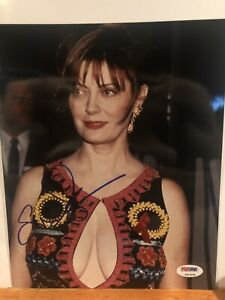 SUSAN SARANDON SEXY SIGNED 'BREASTY' PSA/DNA PHOTO