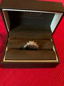 14kt White Gold ring with 1.10 carat diamond from Jared