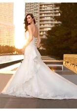 Wedding Dress - Essense of Australia D1448 (Label Size 6 / Altered 33-27-36)