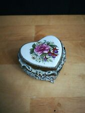 Vintage Heart Flower Jewelry Music Box Plays Memory