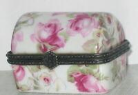 Porzellandose Kiste Dose Box Pillendose Sammlerdose mit Rosendekor 5x4x3cm