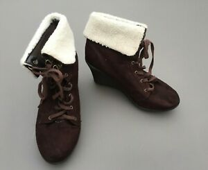 New Look Ladies Ankle Boots 7 40 Wedge Dark Brown Suede Fur Lace Up Worn
