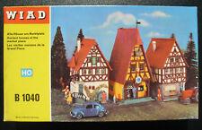 WIAD B 1040 - 3x Alte Häuser am Marktplatz - Spur H0 Eisenbahn Bausatz Kit