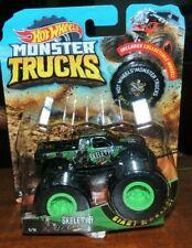 Hot Wheels 2019 Monster Trucks V8 Bomber