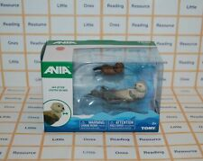 Ania SEA OTTER Animal Figures Mother with Baby TOMY T16075