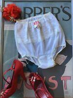 1950's vintage white nylon tricot & lace panties - nylon gusset - Size 5 NWT