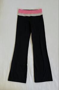 Lululemon Reversible Black Bootcut Pant, size 4