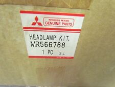 NEW GENUINE Mitsubishi Right Headlight Assembly MR566768 00-04 Montero Sport