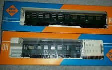 Roco H0 4255  & 4253 Remodeling Venture Of DB 2nd Class (W 712) train trains