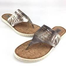BORN 'Eliora'  Metallic leather beautiful comfort women sandals Sz. 8M Great!