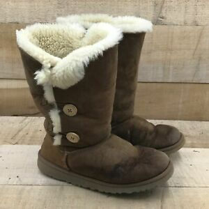 UGG Boys Bailey Button Triplet 1962 Brown Mid Calf Winter Boots Size 6
