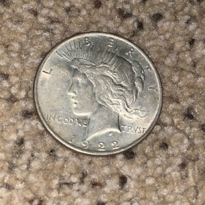 1922 PEACE SILVER DOLLAR COIN Very Nice Relief