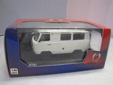IST Models 021 - UAZ 452 Minibus (39625) 1980 - 1:43