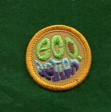 VINTAGE GIRL SCOUT BADGE - WORLDS TO EXPLORE - EGO ACTION - NEW