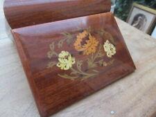 Vintage Musical Jewellery / Trinket  Box, Plays Santa Lucia in Working Order
