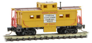 Micro-Trains MTL Z-Scale Center Cupola Caboose Union Pacific/UP(Courtesy) #25411