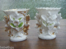 VASES DE MARIEES ANCIENS NAPOLEON III XIXème - porcelaine LOT DE 2  PAIRE