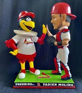 "St. Louis Cardinals Yadier Molina ""High Five"" Fredbird Mascot Bobblehead⚾️👀🔥🐐"