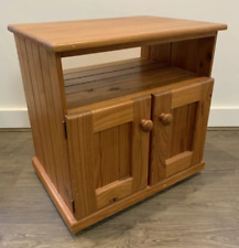 CLASSIC LITTLE STAND TV FLOAT ENTERTAINMENT MODERN UNITS