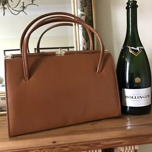 Tan Brown  Leather mod handbag vintage 50s 60s top handle