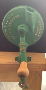 Spong Vintage Bean Slicer Veggie Hand Cutter Grinder British Green Metal Clamp