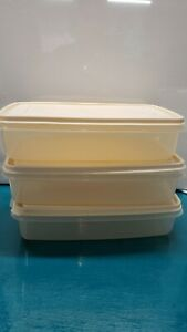Lot of 3 Retired Rubbermaid almond servin saver rectangular #6 7 cup