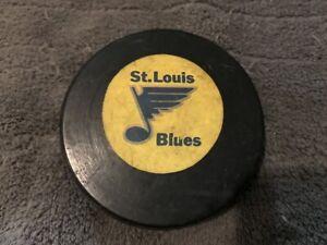 ST. LOUIS BLUES RAWLINGS RUBBER VINTAGE CANADA NHL BILTRITE OFFICIAL SIZE PUCK