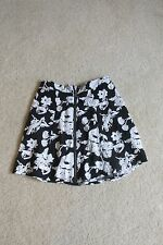 New w/Tags Women's Adam Levine Black & White Floral Skirt Knee-Length Size 5/6