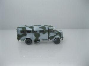 Roco Minitanks  -H0 1:87- Bundeswehr - LKW -  MAN 630 Koffer - winter gesupert