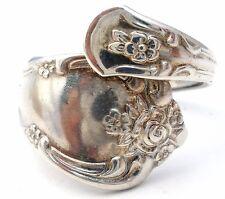Vintage Spoon Ring WA Rogers Oneida Ltd. Silver Plated Size 7.5 Flower Jewelry