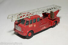 MATCHBOX 15 MERRYWEATHER FIRE ENGINE TRUCK EXCELLENT CONDITION