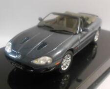 Véhicules miniatures AUTOart pour Jaguar 1:43