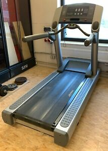 Laufband Life-Fitness 95TS 027108 gebraucht Profi-Fitnessgerät