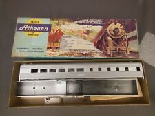 Ho Scale Athearn Undecorated Streamline Diner Kit
