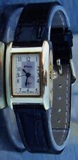 ladies size squair faced watch 20x25mm case