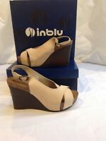 Fabulous Inblu Italian design cream nubuck leather sandals sz40/7